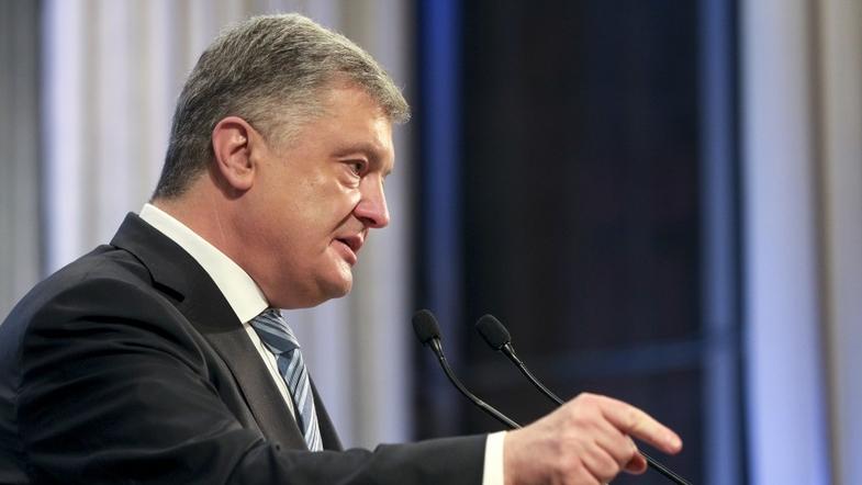 Порошенко анонсировал испытания ударных беспилотников в Украине