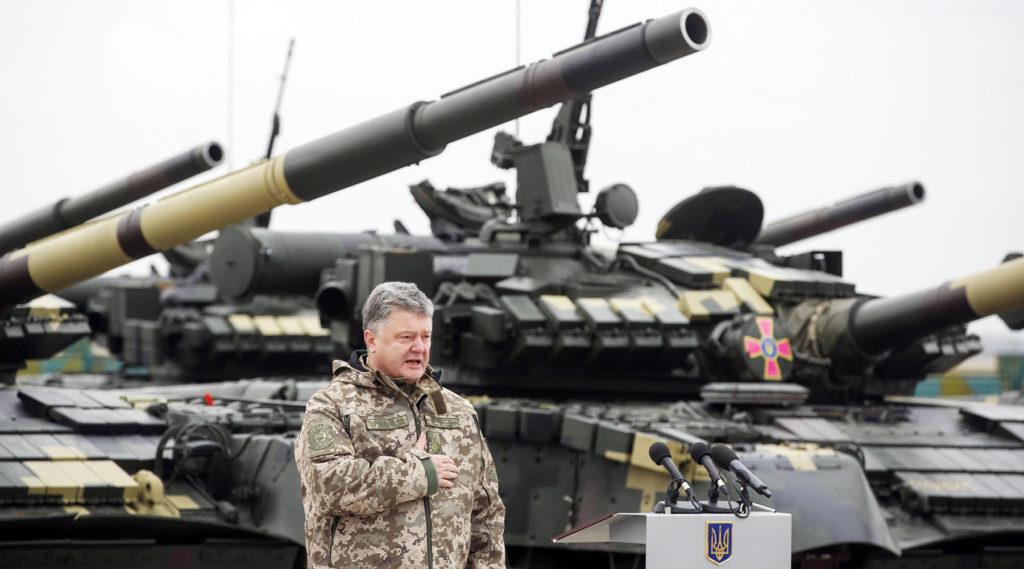 Порошенко заявил, что военные из стран НАТО приезжают учиться у ВСУ