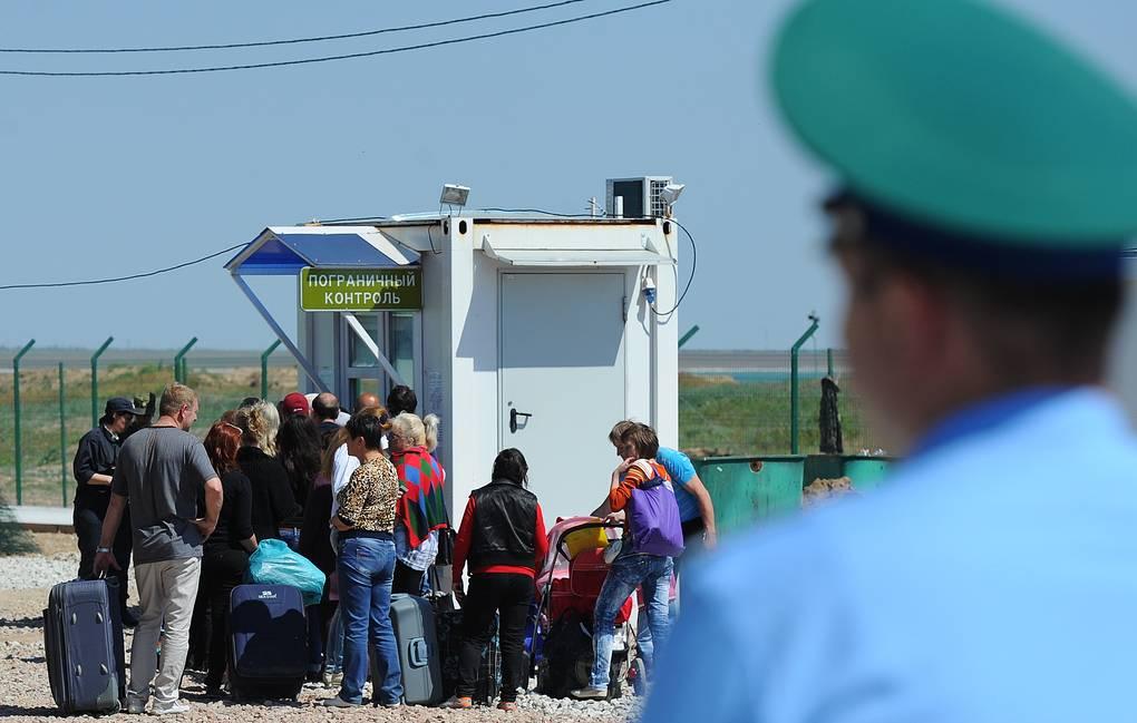 Поток граждан Украины в Крым в связи с праздниками вырос в два раза