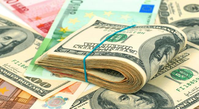 Больше всего денег России должны Украина, Белоруссия и Венесуэла