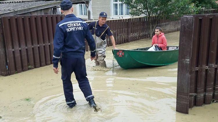 Наводнение на Западной Украине. Евросоюз активировал механизм гражданской защиты и поможет нам из космоса