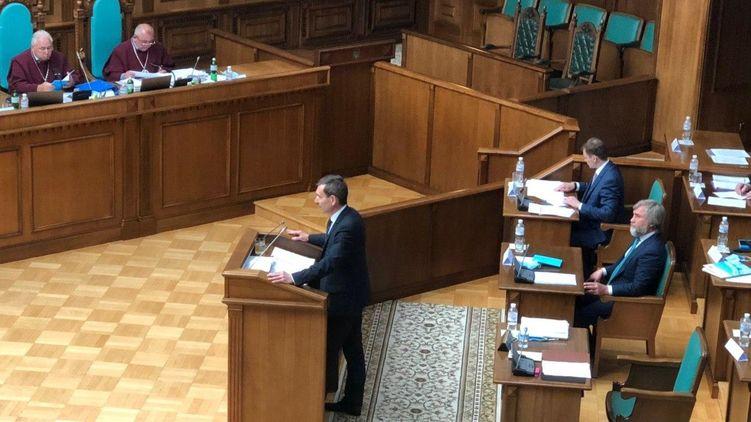 """""""Откровенный каминг-аут"""". Представитель Зе в КСУ заявил о нежелании президента отменять тотальную украинизацию"""