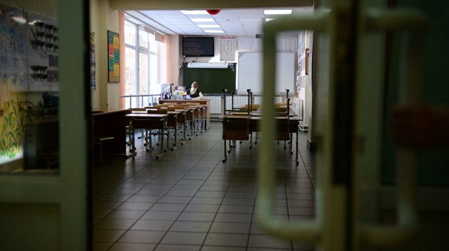Украину поделят на четыре зоны с разными сценариями обучения школьников из-за коронавируса