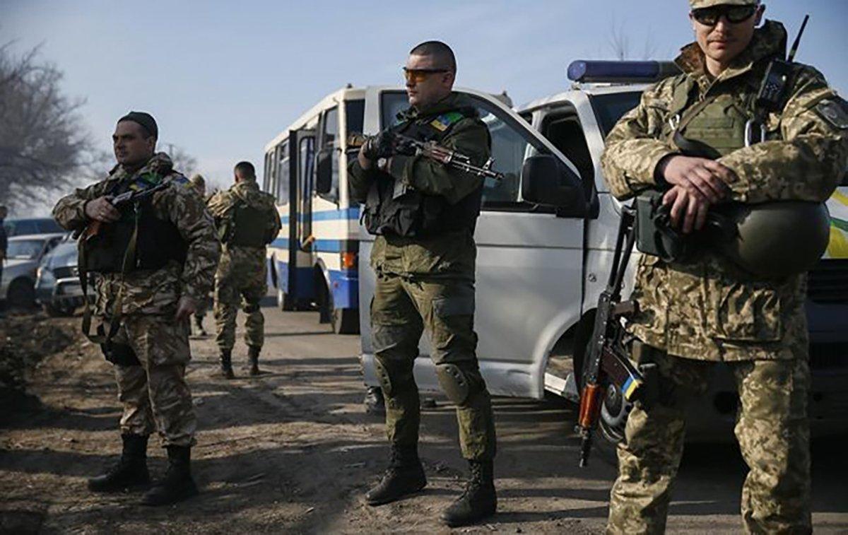 Украина анонсировала обмен пленными в Донбассе по схеме «100 на 100»