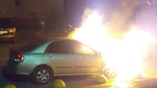 В Киеве сожгли автомобиль журналистов программы «Схемы»