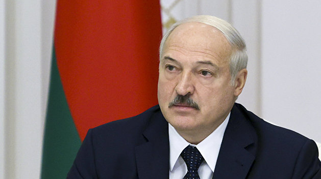 «Попейте водички и успокойтесь»: на Украине дали совет Лукашенко