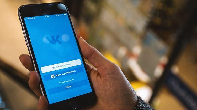 """Иностранцы помогут заблокировать """"ВКонтакте"""" в Украине, а пользователей полиция возьмет на учет - глава СНБО"""