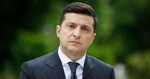 На Всеукраинский опрос Зеленского подали в суд