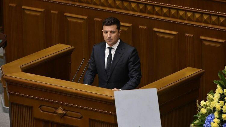 Зеленский озвучил первый вопрос, на который украинцам предложат ответить в день выборов