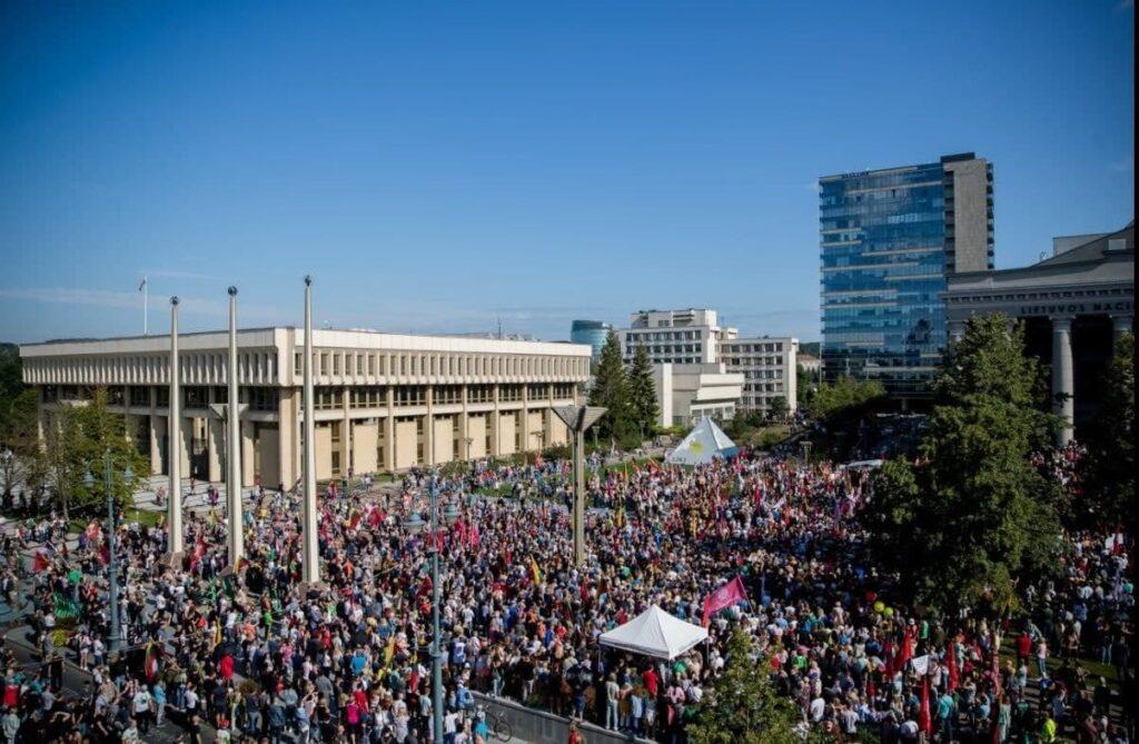 Протесты в Литве